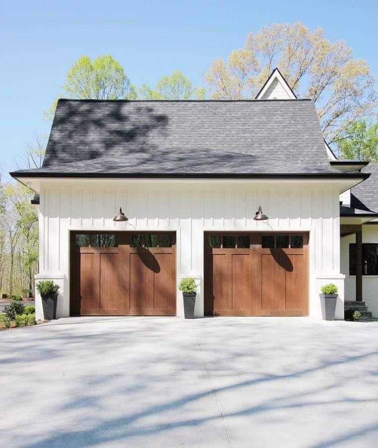 Pin By Courtney Tanner On Heaven In 2020 Carriage House Garage Doors Garage Door Styles Garage Door Design