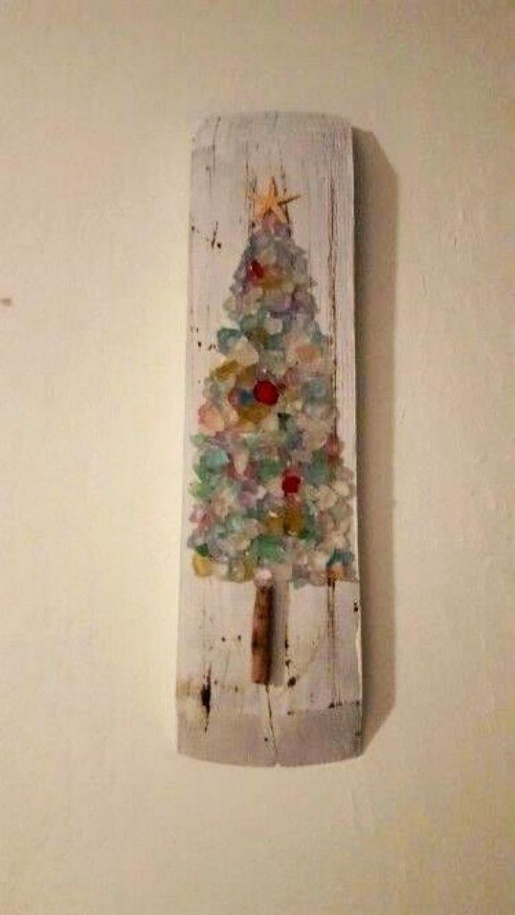 13 Creative DIY Home Decor Ideas with Pebbles and River Rocks - christmas decorations diy