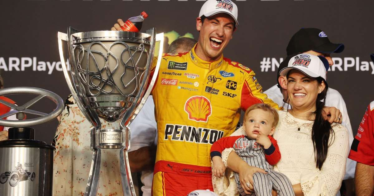 Long Spurred by past defeats, Joey Logano emerges a