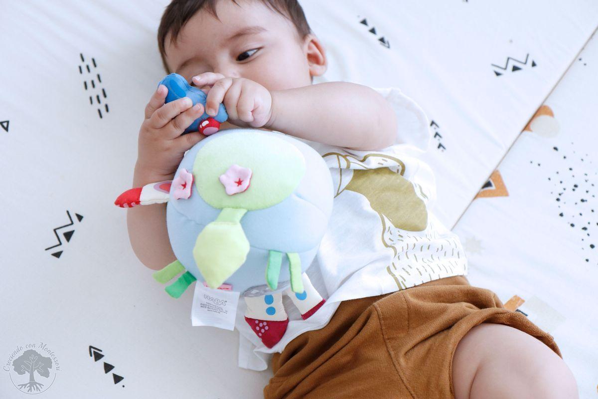 Ambiente Preparado Montessori Materiales Para Bebé De 6 A 12 Meses Creciendo Con Montessori Montessori Bebé Bebe Montessori