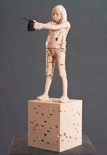 Gehard Demetz - Contemporary Artist - Wood Sculpture - Idea 2010 - Be priest 2.