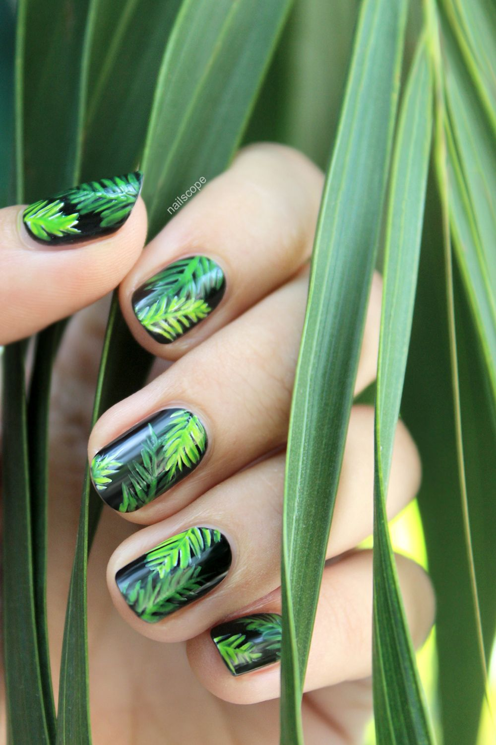 Palm Tree Nails + Tutorial | NailScope: Palm Tree Nails + Tutorial ...