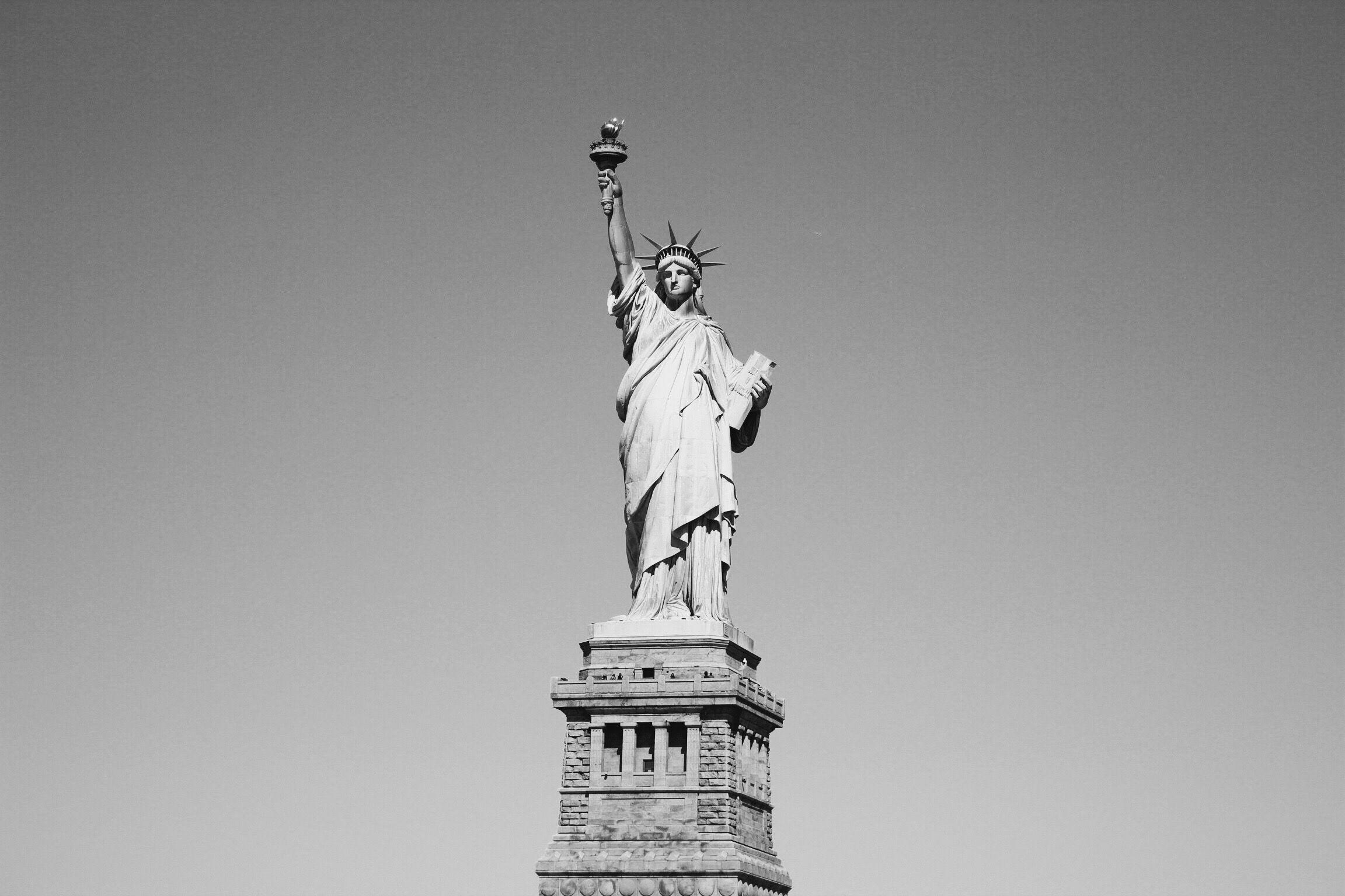 New York, Statue of Liberty www.saansh.com @saansh