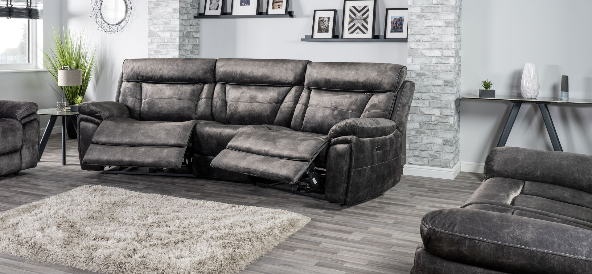 Endurance Nero 4 Seater Curve Power Recliner Sofa With Images