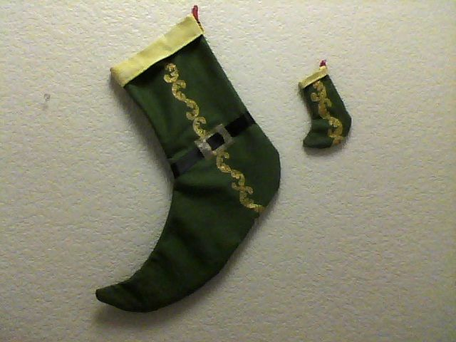 """ELF """"INSPIRED"""" CHRISTMAS STOCKING AND MATCHING CHRISTMAS TREE ORNAMENT OR GIFT TAG!!!  I LOVE THE MOVIE """"ELF""""!!! BUDDY THE ELF!!!"""