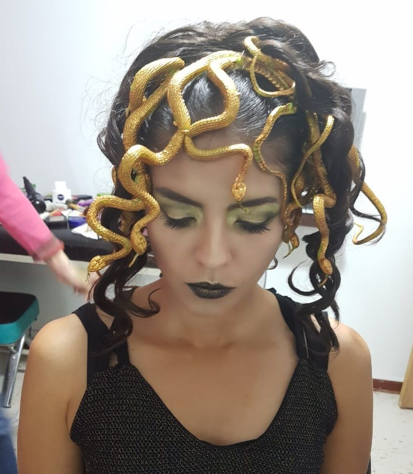 """Halloween Rubber Snake Medusa hair Fancy Dress Prop 38/"""" long"""