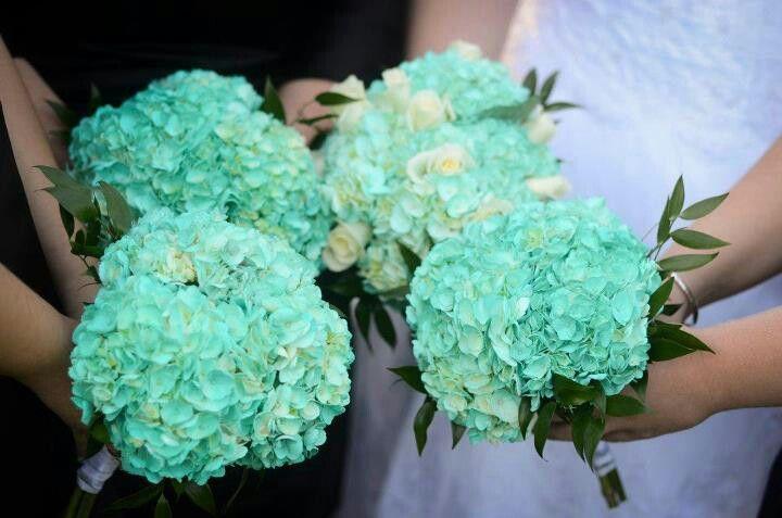 Tiffany blue flowers | Wedding ideas | Pinterest | Tiffany blue ...