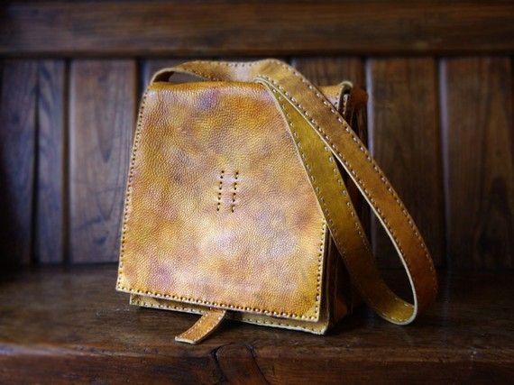 An unusual coloured leather - I like... #handmade #leather