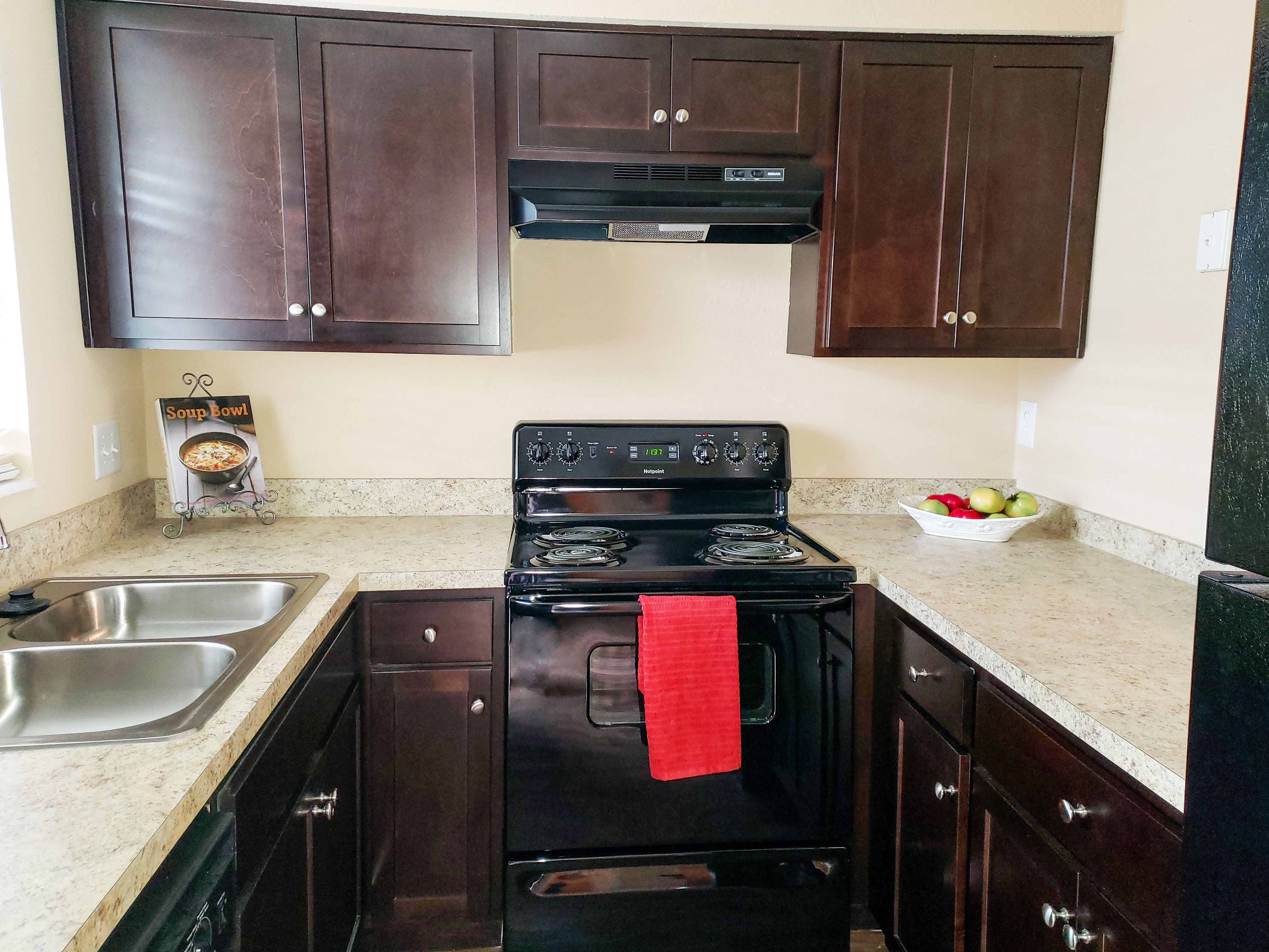 Heritage On The River Apartments Jacksonville Florida Renting A House Apartment Wall Closet