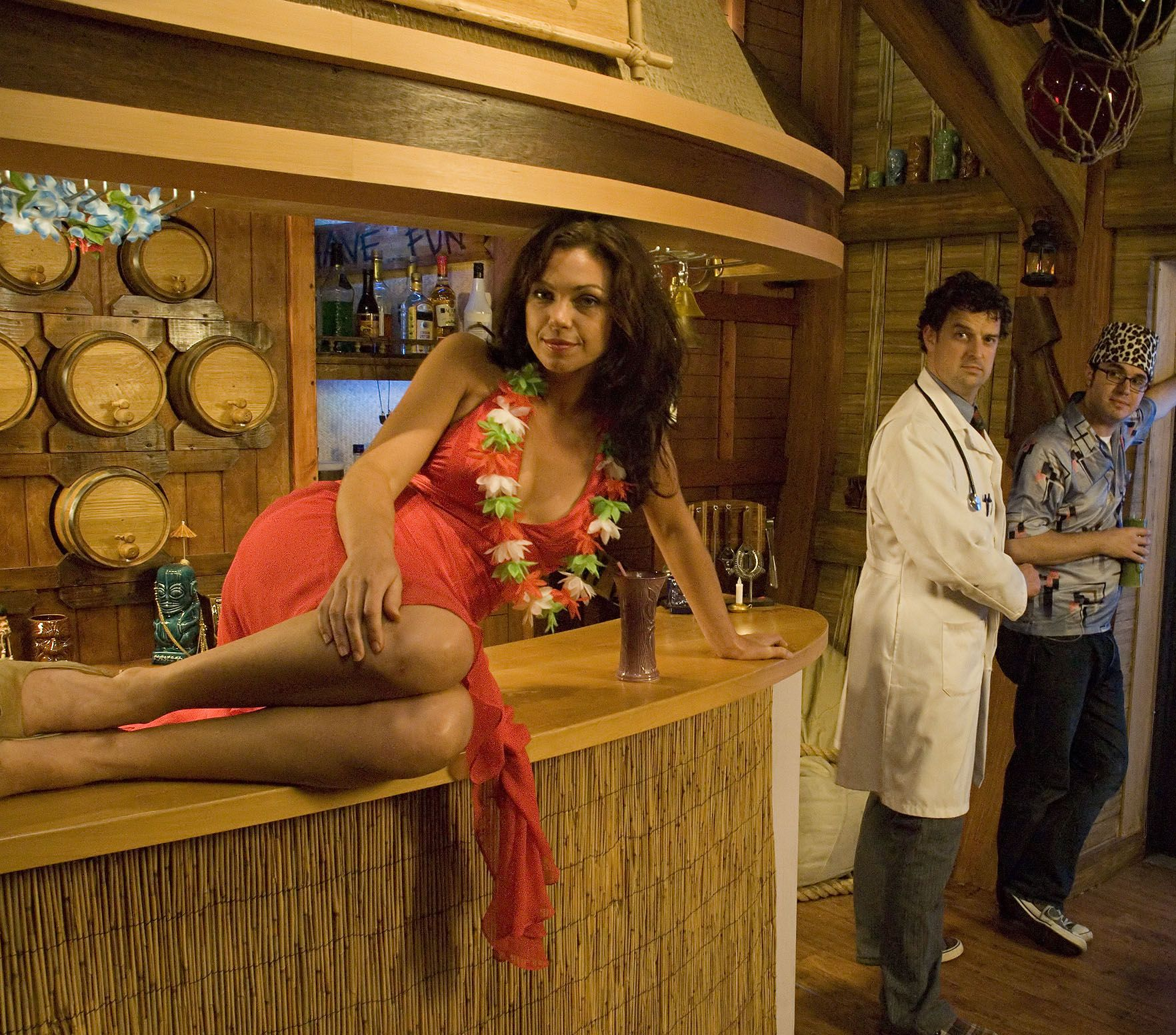 34 Awesome Basement Bar Ideas And How To Make It With Low: Tiki Bar TV Cast And Set