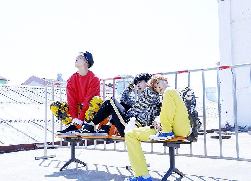 """Monsta X The 1st Album Repackage [SHINE FOREVER] Jacket Shoot Source: Starcast"""
