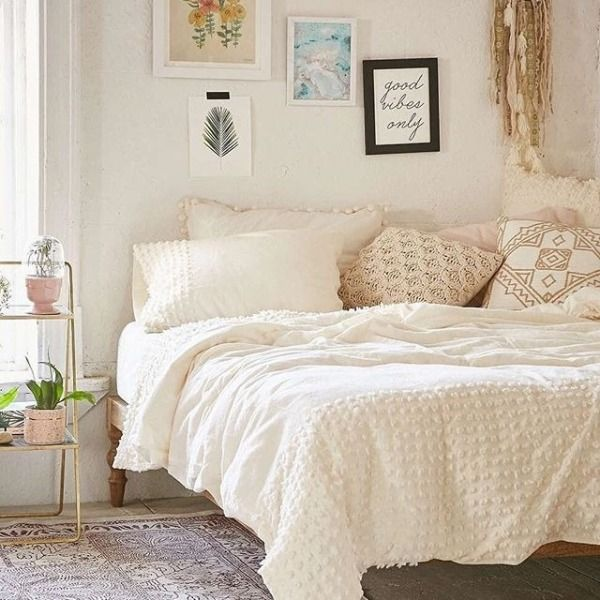 pictures small bedroom ideas uoonyou outfitters bedroom 16667