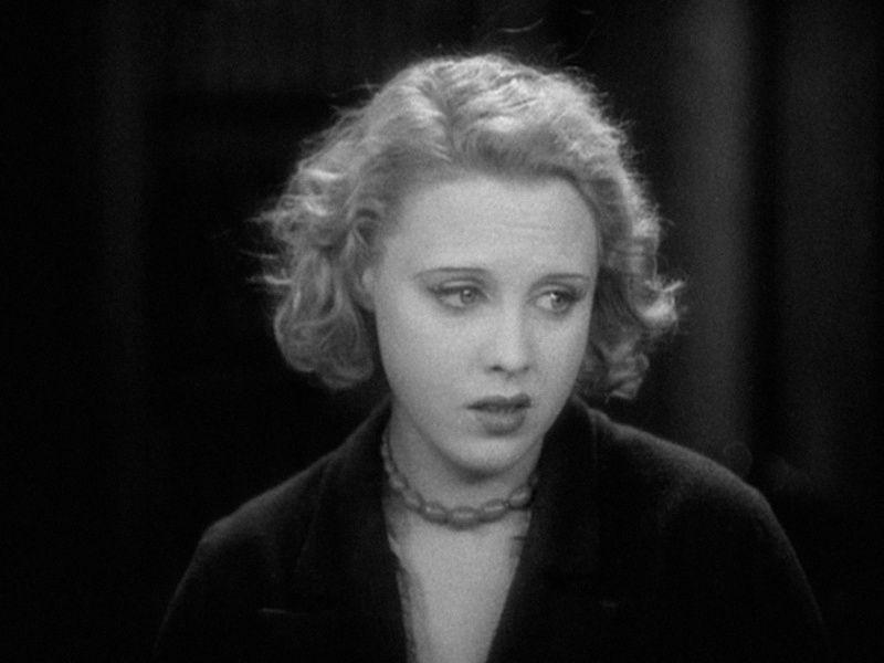 """""""La Isla del Pecado"""" (""""The Manxman"""", 1929). Stars: Anny Ondra, Carl Brisson, Malcolm Keen. La última película muda de Hitch, basada en una novela de Hall Caine y filmada en la Isla de Man, se centra en un triángulo amoroso entre un pescador local, un estudiante de abogacía, y una hermosa chica del pueblo."""