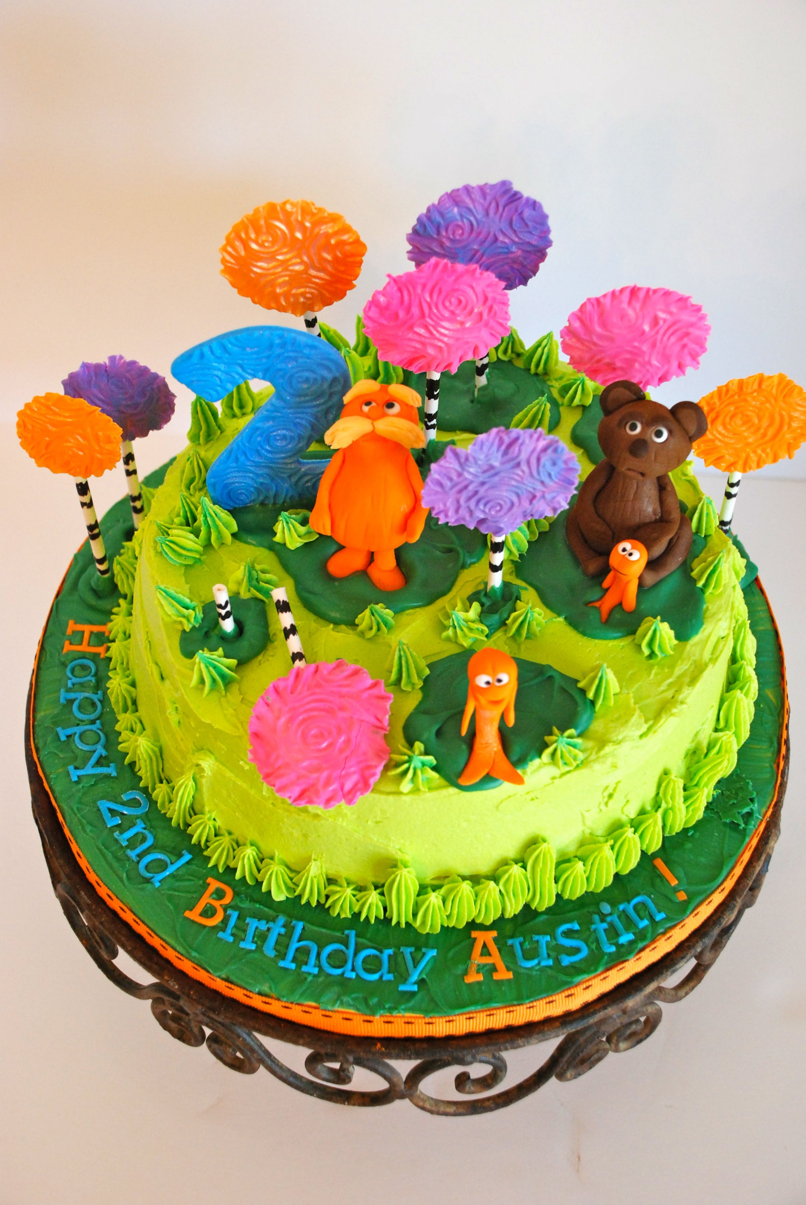 Lorax Cake With Whirly Swirly Trees Mr Lorax A Bear And The Fishy