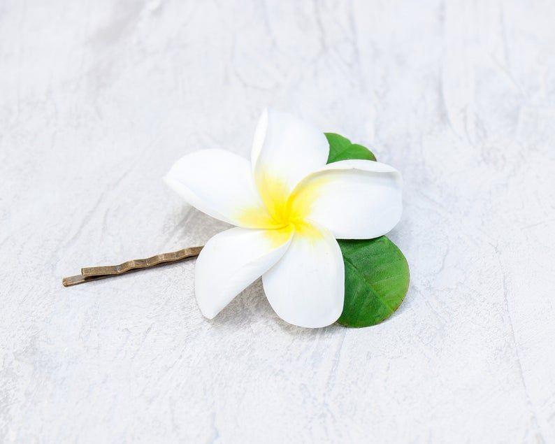 24 Medium Plumeria Frangipani Any Color Gum Paste Fondant Yellow Edible Flower C Colorgum Flowerc Frangipani In 2020 Edible Flowers Cake Edible Flowers Flower Tea