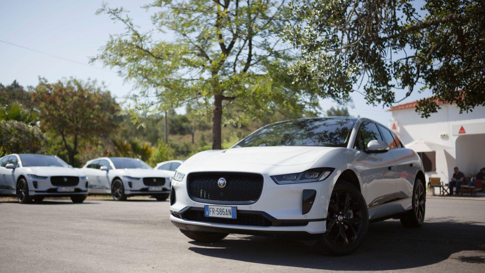 2019 Jaguar I-PACE gets official 234-mile range rating ...