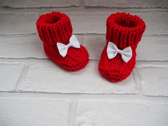 6b8b6f62d9e32 red baby booties/ christmas booties/knitted baby | Etsy Christmas ...
