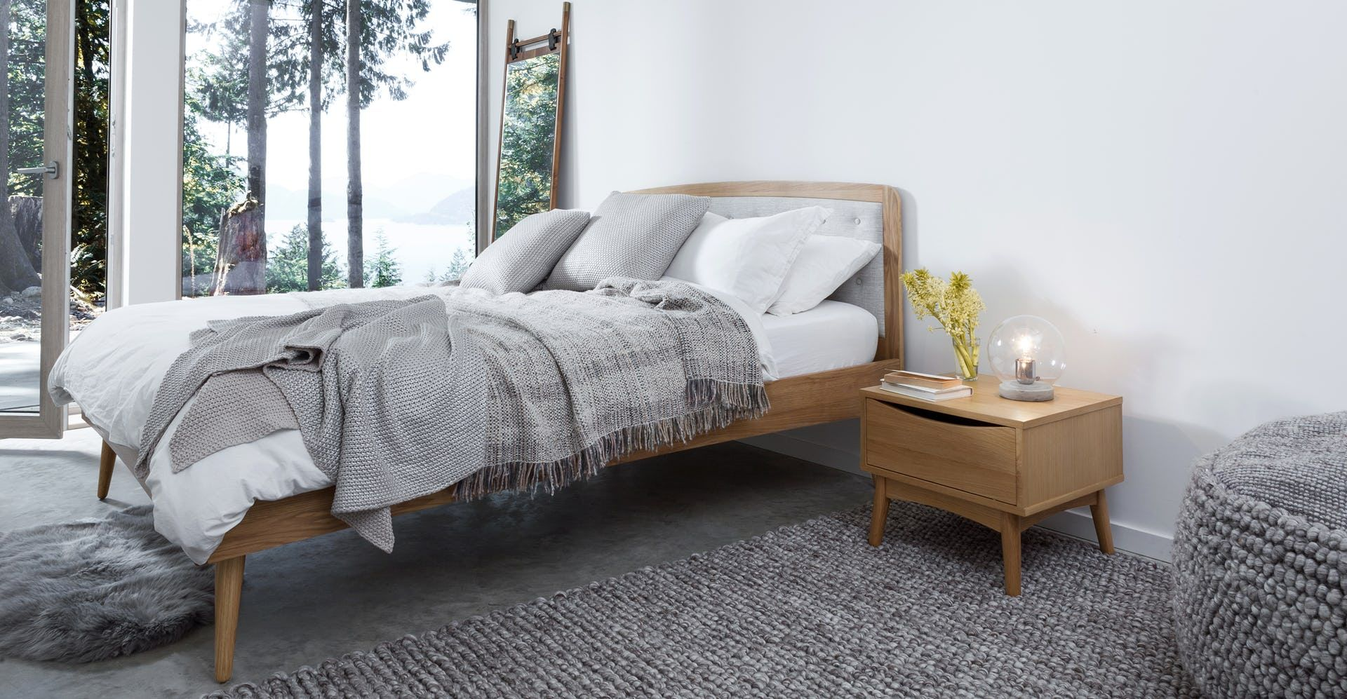 Wake up in the midcentury modern bedroom of your dreams