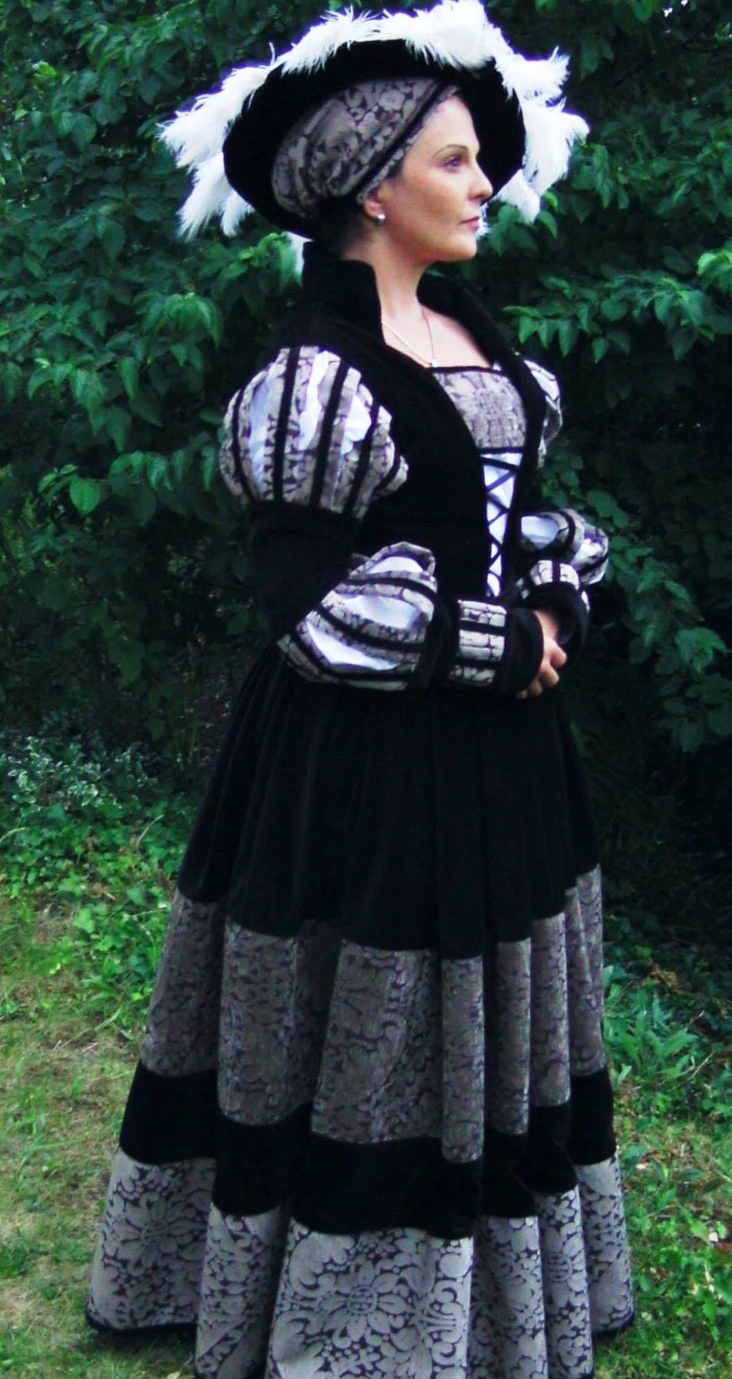 Selbst genähtes Cranach-Kleid   Renaissance kleider ...