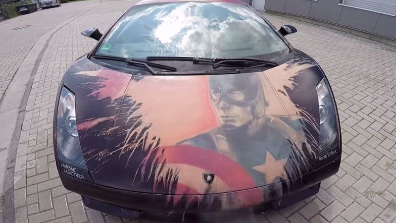 watch a lamborghini change color thanks to thermochromic paint car paint colors thermochromic. Black Bedroom Furniture Sets. Home Design Ideas