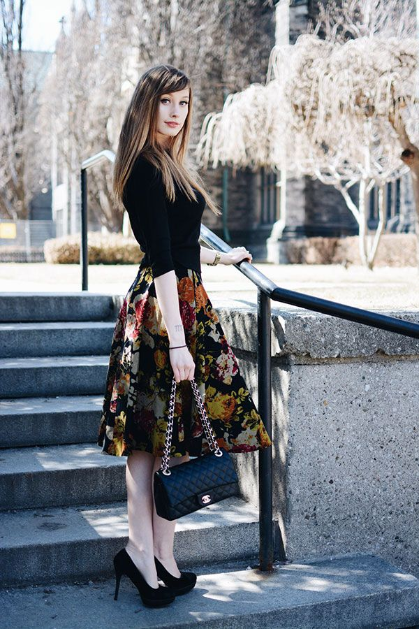 878e1894ca0 Modest doesn t mean frumpy. Avoid the Top 10 Fashion  amp  Style Mistakes