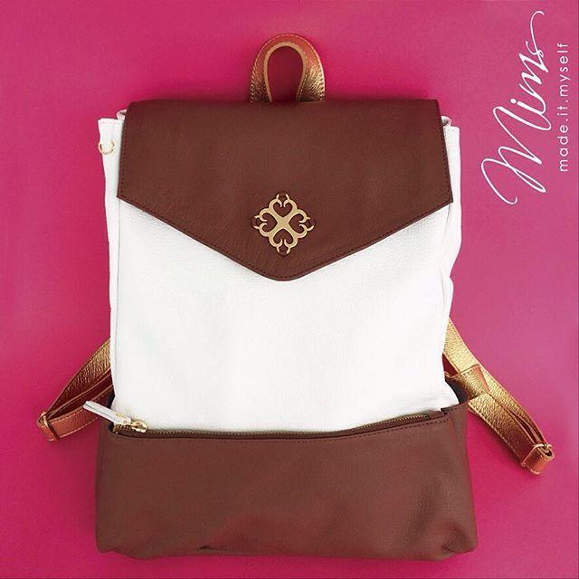 Mochila sonho em marrom caramelo e branco #maxibags #mochiladecouro