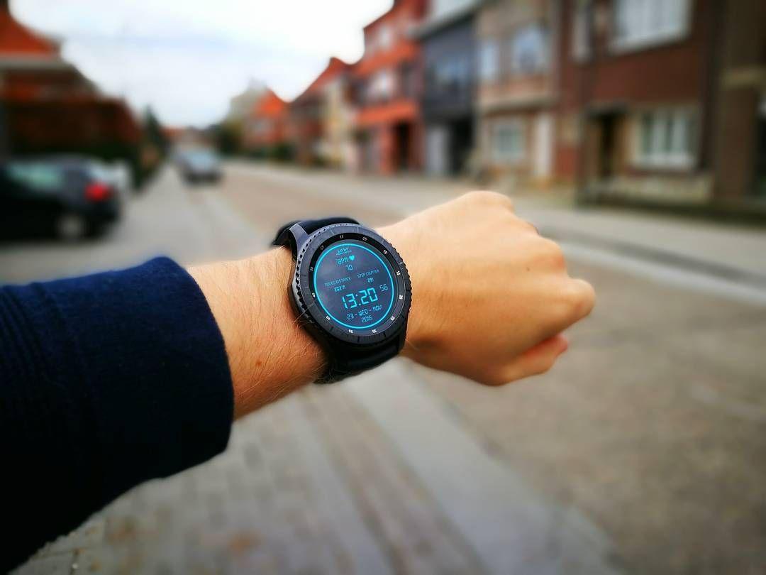 Just recieved the @samsung_be Gear S3 Frontier for a review   #samsung #gears3 #samsunggear #smartwatch #watch #wearable #gadget #technology #tech #techreviewer #review #techblogger #blogger #belgianblogger