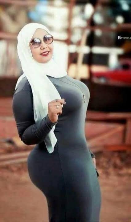big ass arabischen schones kleid