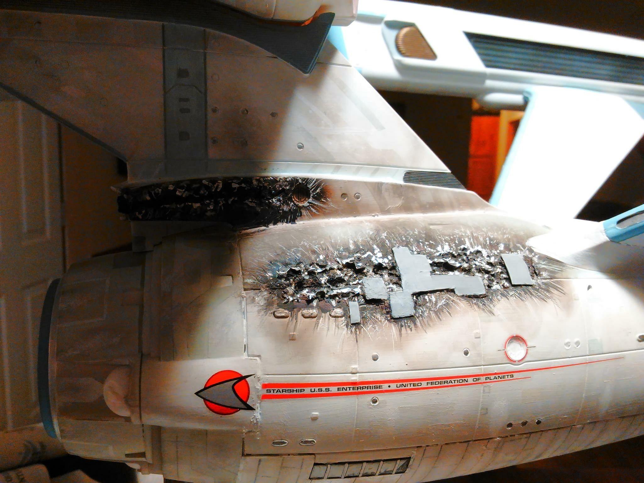Star trek uss enterprise ncc refit 1 scale model - Star Trek 1 350 Scale Polar Lights Uss Enterprise Refit Model Battle Damage