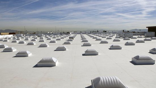 Daily Kos Los Angeles First Major City To Require Cool Roofs Cool Roof Commercial Roofing Green Roof