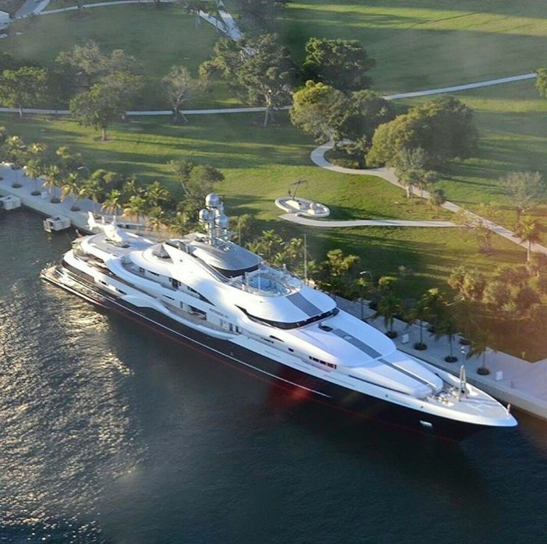 Pin By Harry Hansen On Water World In 2020 Luxury Yachts Boats