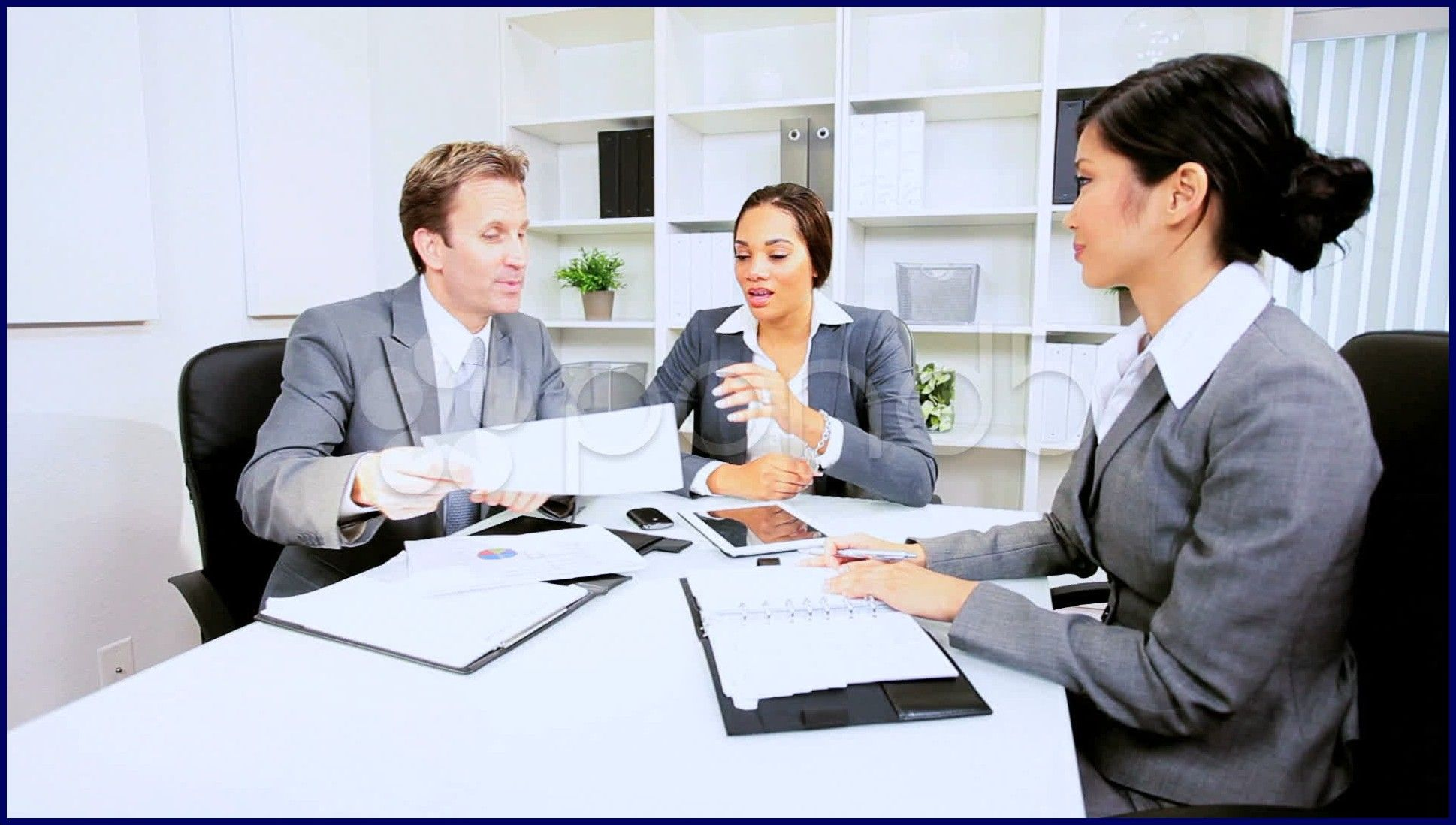 Offers ultimate solution for legal jobs in singapore http