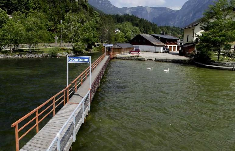 89 hotel haus am see is the only hotel in obertraun which is located directly at lake hallstatt