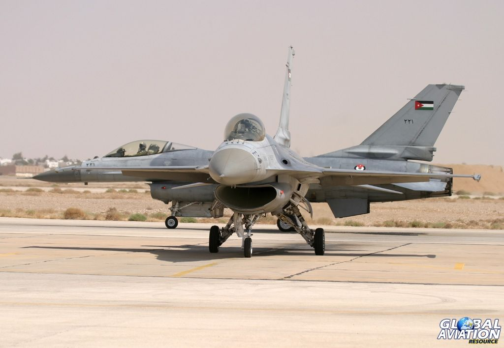Royal Jordanian Air Force General Dynamics F-16A Block 15 ADF Fighting  Falcons bf8160004