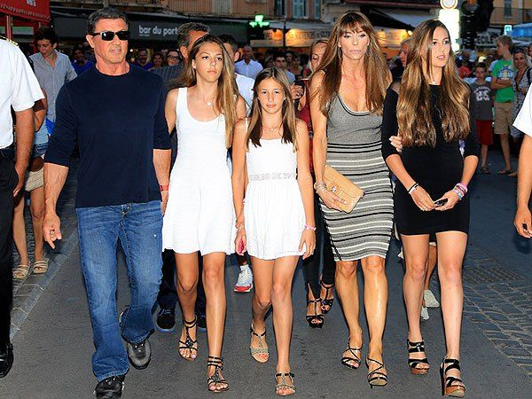 Sylvester Stallone Surrounded By Beauties In Saint Tropez Sylvester Stallone Sylvester Beauty
