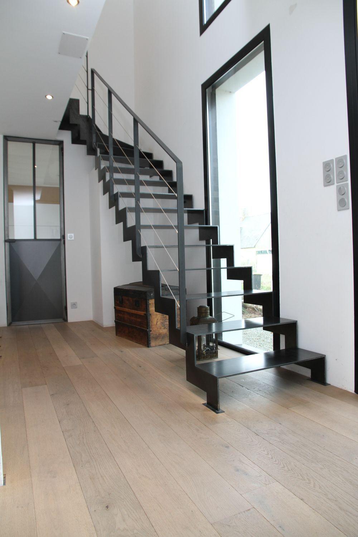Escalier 1/4 tournant, un modèle classique et design - Fabri Metal   Escalier, Escaliers ...