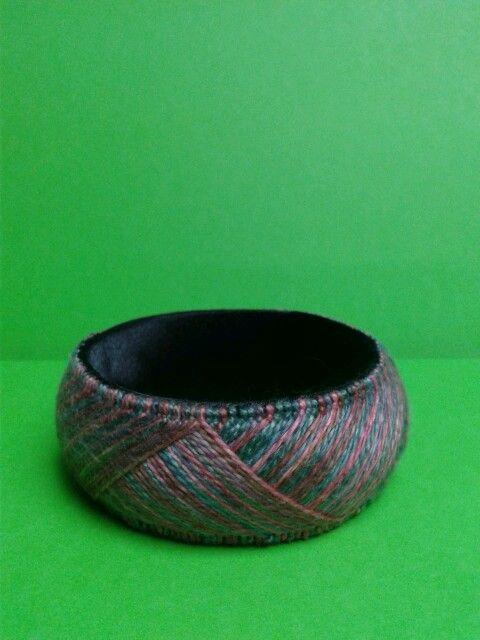 Yubinuki armband