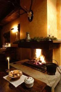 Open Haard In Samovar Guest House House Fireplace