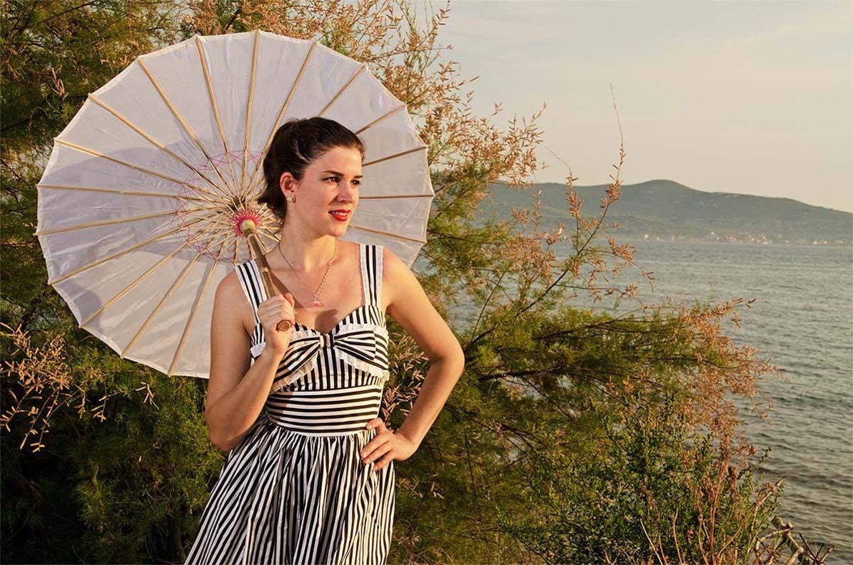 RetroCat with an Asian parasol in Croatia