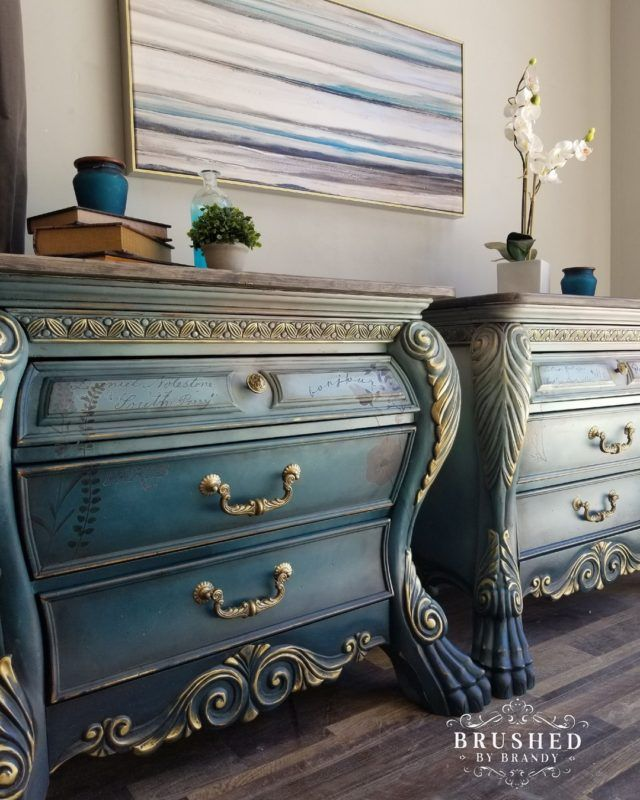 How to Blend on a Buffet   Blue painted furniture, Blue ...
