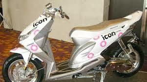 Modifikasi Honda Beat Monocrome Bagian Velg Dan Jari Jari Honda