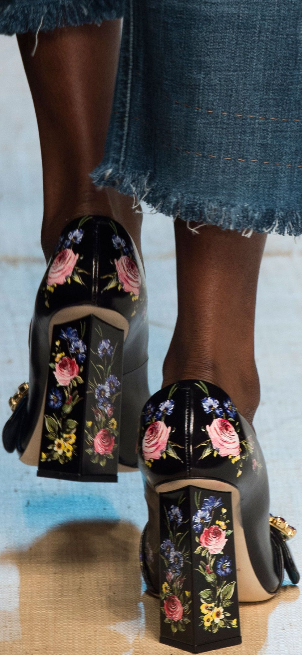 Please don't use tyrolean chair legs as heels... Dolce and Gabbana SS 2017 RTW
