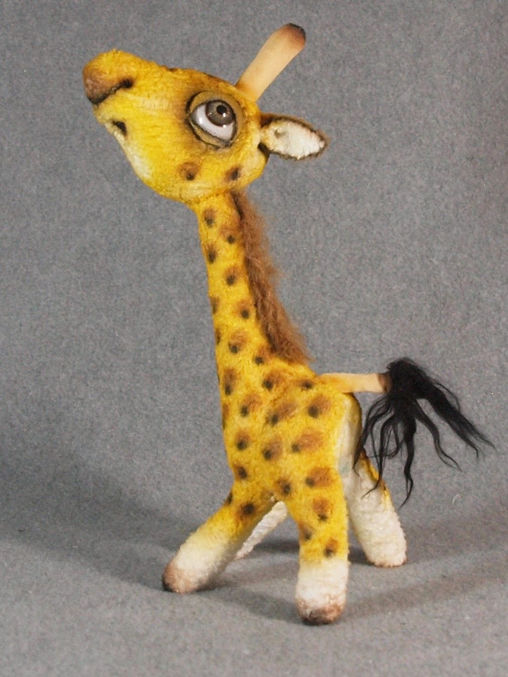"Gilad Giraffe, 10.5"" tall, Chatham Village Bears"