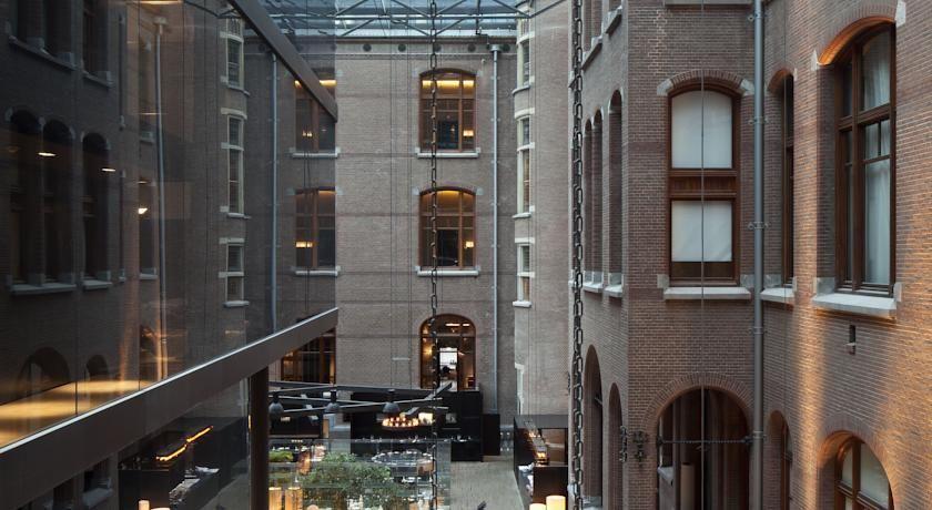 HOTEL|オランダ・アムステルダムのホテル>フォンデル公園とミュージアム広場から200m以内>コンサヴァトリアム ホテル(Conservatorium Hotel)