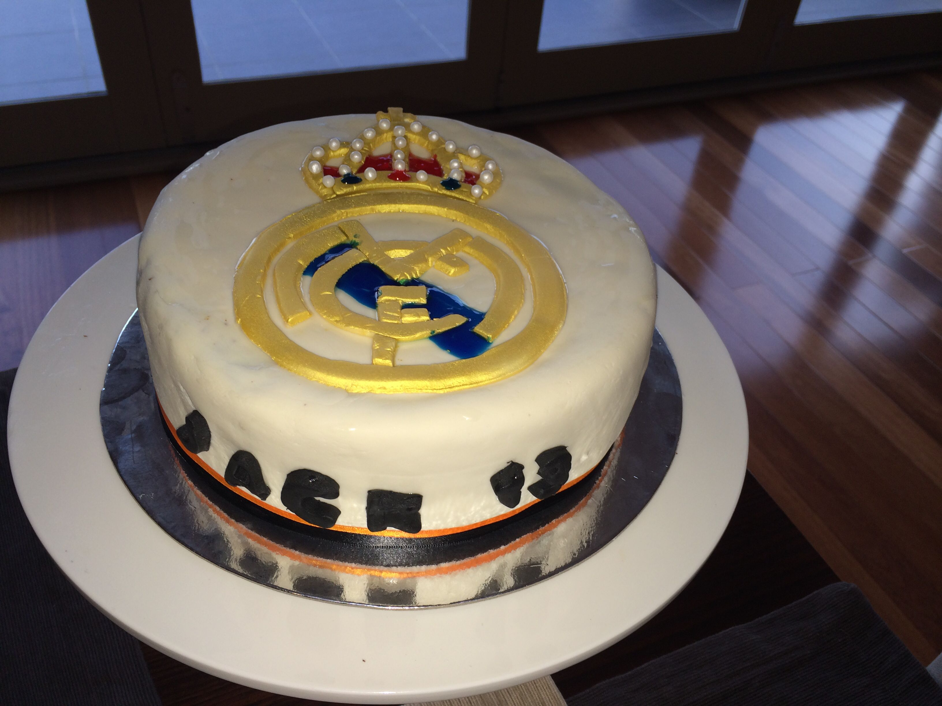 Real Madrid Birthday Cake Realmadrid Birthdaycakr Birthday - Real birthday cake images
