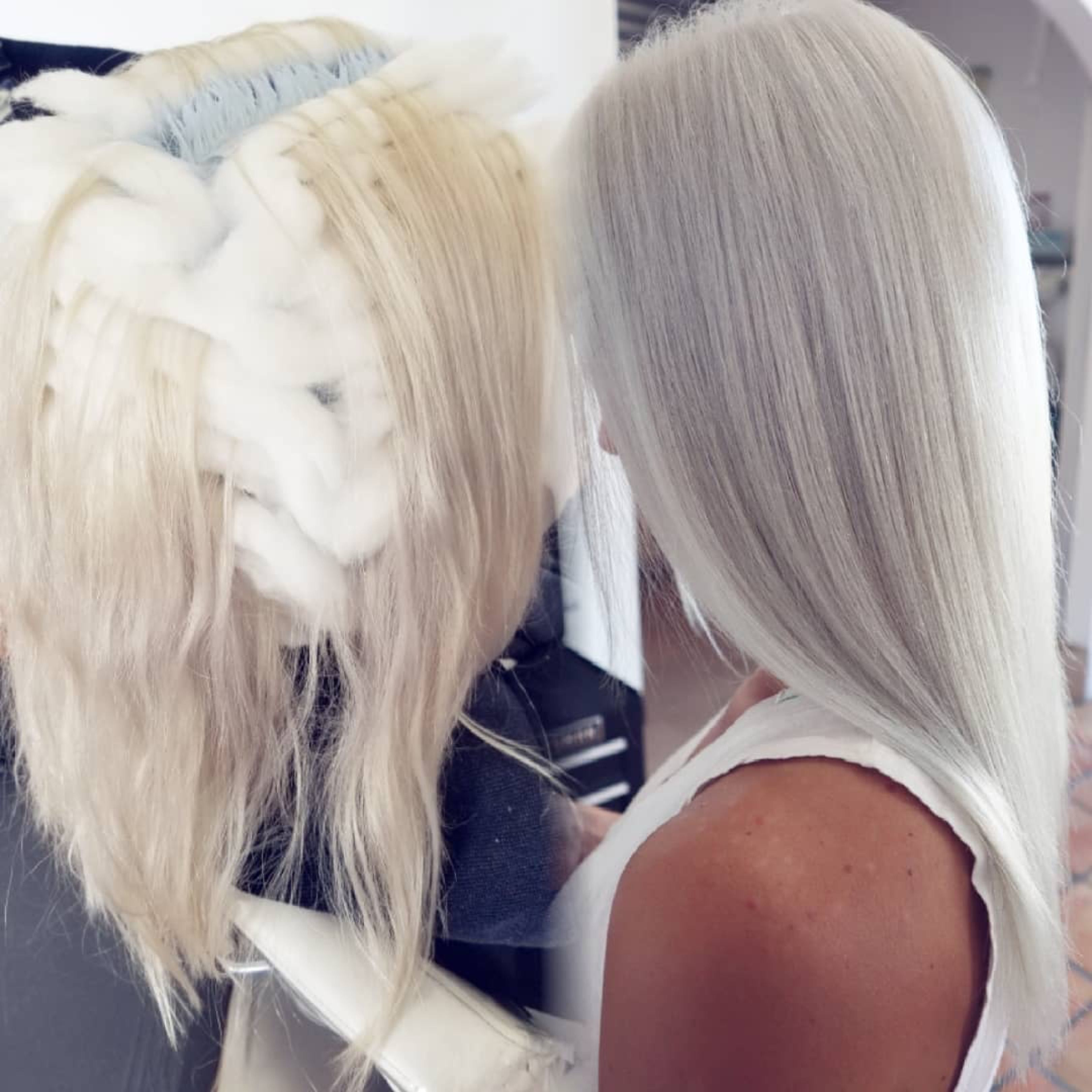 Intense Pearl Blonde Toner 100v Stunning Fast Acting Results In 2020 Silver Blonde Hair Blonde Toner White Blonde Hair