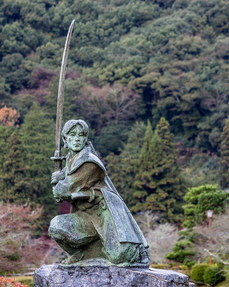 Japanese Vintage MIYAMOTO MUSASHI BRONZE STATUE katana samurai master SCULPTURE