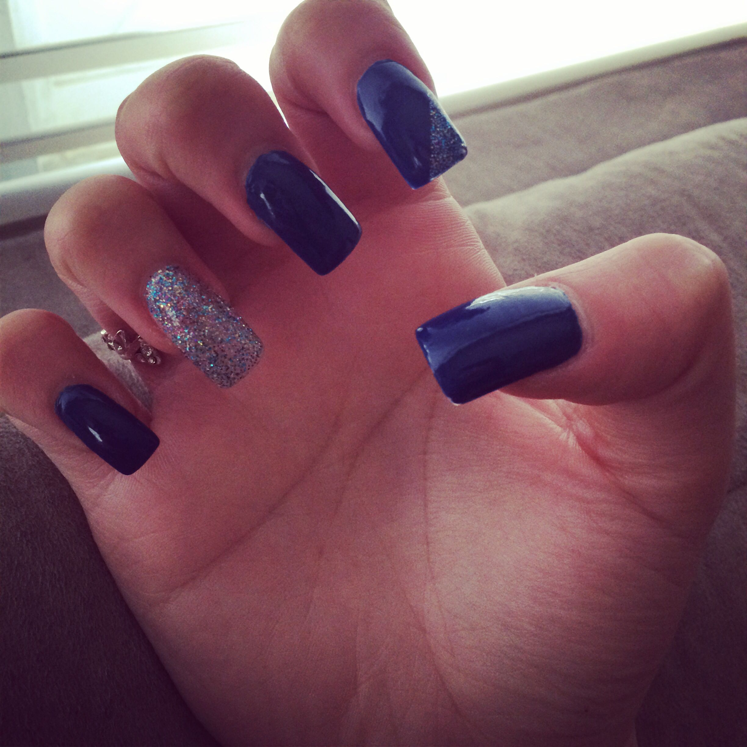 Navy blue nails #Prom Nails | My nails | Pinterest | Navy blue nails ...