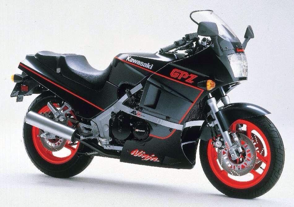 Gpz 400 Kawasaki Bikes Kawasaki Bikes Motorcycle Racing