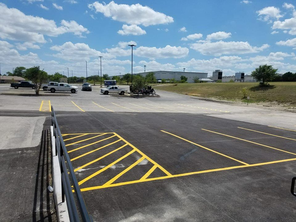 parking lot maintenance company in Austin TX, Round Rock ...